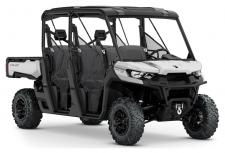 Equipped with choice factory-installed accessories like 27 in (68.6 cm) Maxxis Bighorn 2.0 tires, 14 in. (35.6 cm) cast-aluminum wheels, and Dynamic Power Steering (DPS), the Defender MAX XT is ready when you are—with room for 6.