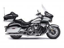 The king of Kawasaki cruisers, the Vulcan 1700 Voyager ABS is the pinnacle of power and luxury on the open road. A 1,700cc fuel-injected engine with cruise control commands the road, while a host of premium touring amenities gives you and your passenger the comfort to go the distance.