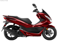 The Honda PCX150 is one of the most versatile, practical and sensible scooters on the planet, and a blast to ride! With new colors for 2016, it offers excellent fuel efficiency and plenty of room to carry a passenger. A large fuel tank gives you a long range, while dual headlights and sharp bodywork for a great look. Integrated storage for those trips to the market? Of course. Automatic transmission? Naturally.