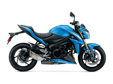 Born on the racetrack and raised on the street, the 2016 GSX-S1000 ABS is derived from the legendary, championship-winning 2005-2008 gen GSX-R1000. The new GSX-S lineup carries the spirit of the Suzuki GSX-R to the street, with shared technology and components packaged into a chassis designed specifically for street riding comfort.