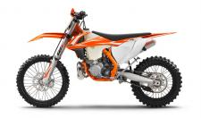 The 2018 KTM 300 XC's unrivaled torque, lightweight, and rock solid handling make it an unstoppable machine for extreme cross-country terrain. The 300 XC features a powerful yet smooth two-stroke engine fitted in a state-of-the-art chassis. The stellar performance of the lightweight 2-stroke engine makes it a true contender against more complex 4-strokes with less maintenance and mechanical complexity. This latest generation cross county weapon is faster with less vibration than any 300 cc 2-stroke before. A chromoly steel frame with high torsional rigidity with less longitudinal stiffness for excellent handling and bump absorption is matched to updated WP AER 48 air-sprung forks and rear shock. Severel other refinements make the 2018 KTM 300 XC is the most READY TO RACE off-road 2-stroke 300 ever created.