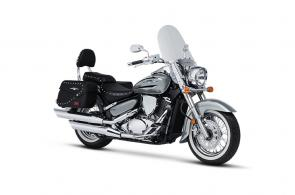 When you want to see the countryside on two wheels, saddle up on a Suzuki Boulevard.