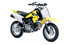 The 2019 Suzuki DR-Z50 is the ideal way to introduce young beginning riders to the sport of motorcycling. This compact, Suzuki-built mini-bike brings ease and convenience to riders just getting started on two wheels.