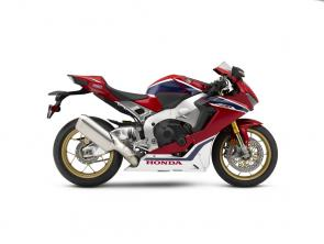 "First introduced overseas in 1992 (and in the U.S. shortly thereafter), Honda's largest CBR has continuously reset expectations of what an open-class sport bike should be, with a holistic ""Total Control"" design approach that focuses on cornering, acceleration and braking. That practice is taken to the next level with the new-generation CBR1000RR SP, which has a high-performance power-to-weight ratio. Fully loaded with a cutting-edge electronics package, the CBR1000RR SP is underpinned by the ""Next Stage Total Control"" concept, with nimble handling and amazing acceleration. 247958"