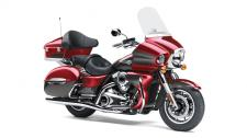 THE KING OF KAWASAKI CRUISERS, THE VULCAN® 1700 VOYAGER® ABS IS THE PINNACLE OF POWER AND LUXURY ON THE OPEN ROAD. A 1,700cc FUEL-INJECTED ENGINE WITH CRUISE CONTROL COMMANDS THE ROAD WHILE A HOST OF PREMIUM TOURING AMENITIES GIVES YOU AND YOUR PASSENGER THE COMFORT TO GO THE DISTANCE.