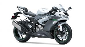 """The Ninja® ZX™-6R motorcycle boasts a potent 636cc engine, advanced electronics and a lightweight chassis. The """"636"""" has been optimized for the street and the track, offering an exhilarating experience in a wide range of riding situations."""