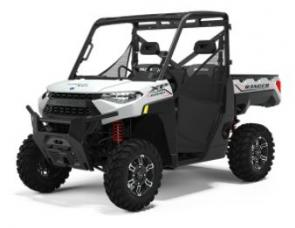 KING OF THE CATEGORY With an unmatched combination of power, comfort, convenience and brute strength, RANGER XP 1000 finishes the biggest jobs, rides the toughest trails and outlasts the longest days. Pull more with class-leading towing capacity Avoid obstacles with 13� of ground clearance Confidence delivered with a 30% stronger front drive All-new 14 aluminum wheels offer strength and style All-new bold and refined LED headlights on select models
