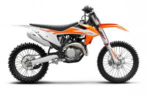 The championship-winning KTM 450 SX-F offers a proven formula that is the industry benchmark. For 2020, this machine continues to deliver superior performance and easy handling. It features an extremely compact, single overhead camshaft cylinder head and together with the efficient electronic fuel injection, it pushes out unrivaled power in the most effective way possible. The KTM 450 SX-F is simply the fastest Motocross bike out on the track.