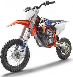 This is a newly-developed, high-end, adaptable, READY TO RACE electric-powered mini-crosser aimed at both beginner and competitive junior riders. With zero emissions and sound pollution, the KTM SX-E 5 is at the leading-edge of competitive minicross and is a viable alternative to the petrol-powered 50cc engine, bringing with it an entirely new generation of competitive racing.