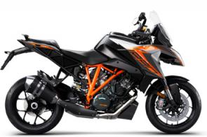 The KTM 1290 SUPER DUKE GT takes the interstellar V-twin performance of the KTM 1290 SUPER DUKE R and melds it with the comfort and equipment needed for all-day, two-up charging.