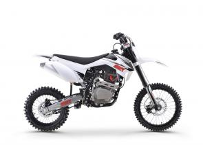 REDESIGNED PLASTICS - INVERTED HYDRAULIC FRONT FORKS - UPGRADED SEAT - REBOUND ADJUSTABLE SHOCK